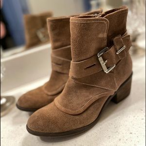 Donald J Pliner Brown Suede Boots